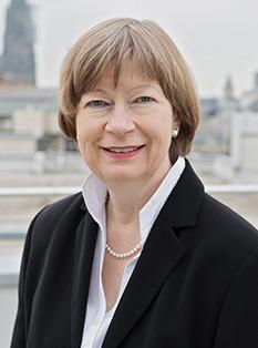 Dr.Uta Roessink